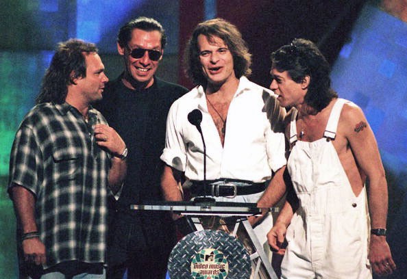 Remember The Time VAN HALEN Reunited With DAVID LEE ROTH On MTV's 1996 Awards?